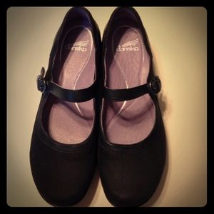Dansko black MaryJanes
